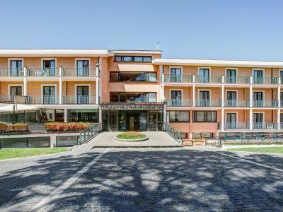 appia-park-hôtel-rome-externe-01