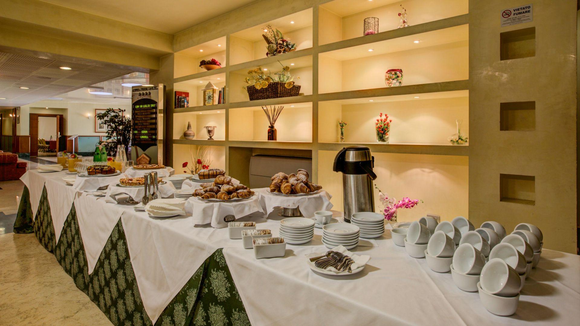 appia-park-hotel-rome-breakfast-05