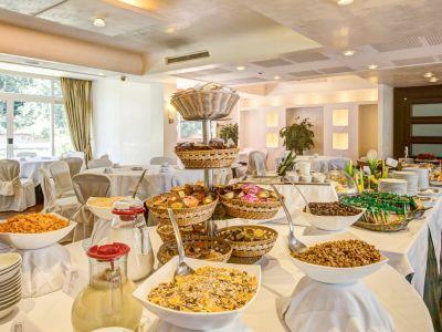 appia-park-hotel-rome-breakfast-10